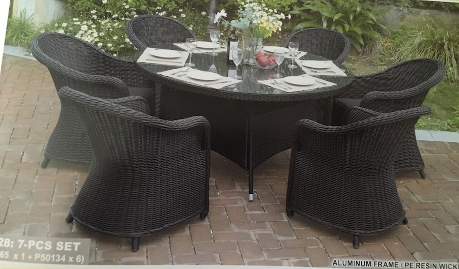 Used outdoor furniture in los angeles for Outdoor furniture los angeles