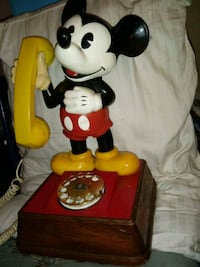 Mickey Mouse and Minnie Mouse figurines Jacksonville