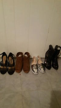 four pairs of assorted shoes Toronto, M1P 2X9