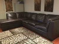 L-Shaped Pullout Couch (Faux leather) Toronto, M6E 4P3