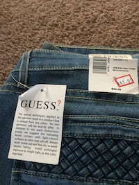 Guess jeans Macungie, 18062