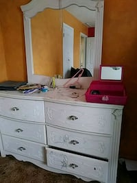 white wooden dresser And Canopy bed Colorado Springs, 80915