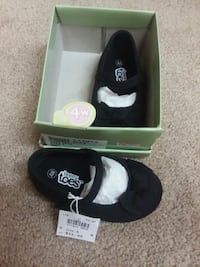 New! Baby girl size 4