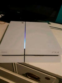 PS4 White Limited Edition London, N6N 1A3