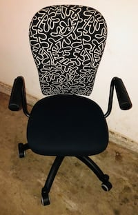 Chair with wheel and fun pattern Anaheim, 92808