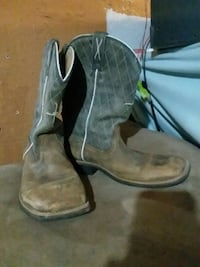 pair of brown leather cowboy boots Abilene, 79605