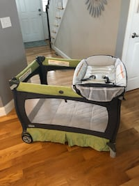 Chicco Lullaby Pack & Play Southington