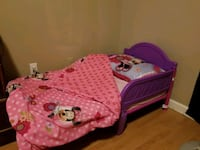 Minnie Mouse bed w/mattress, pillow and bedding Marrero, 70072