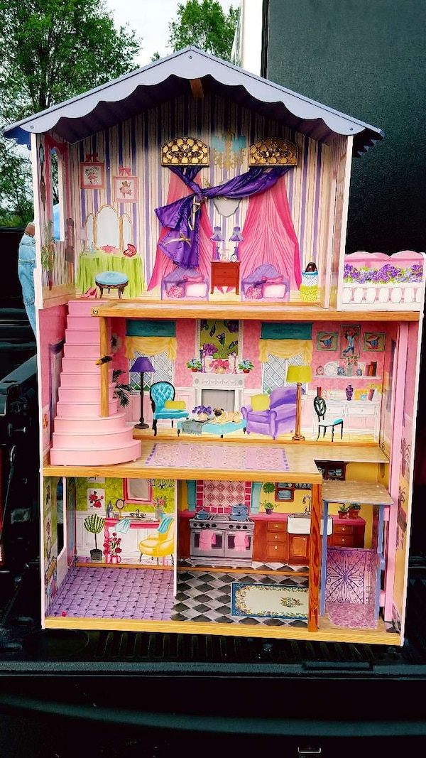 3 story Barbie doll house