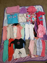 Size 0-3 assorted clothes and sleepers w/ 2 blankets  Woodbridge, 22191
