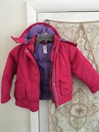 Coats, coats & more winter hoodies! Girls' Size 18 months to Size 6 Doylestown, 18901