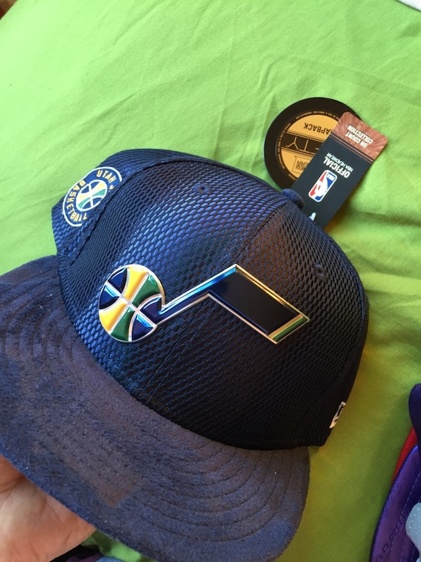 Used black and yellow Nike cap for sale in New York - letgo 99d7a52107f