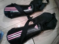 Pink&Black Adidas Girls Shin Pads London, N6A 3R8
