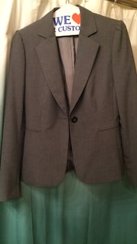 Gray notch-lapel 1-button suit jacket. Mission, 66202