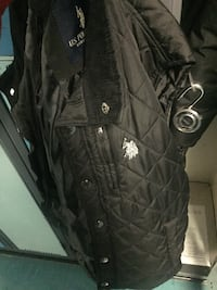 polo vest Winnipeg, R3B 1T4