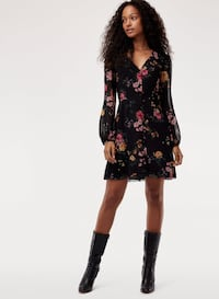Aritzia Wilfred floral dress Vancouver, V6E 1A7