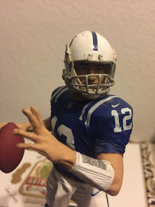 Andrew Luck loose figure, view page