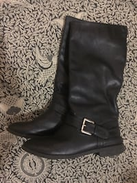 Women's Zip-up Faux Leather Boots! Vancouver, V5W 1H9