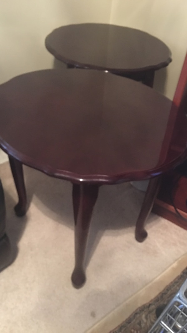Round brown wooden side 3tables living Room