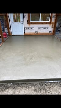 demo and concrete Lynnwood