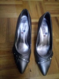 pair of black leather pointed-toe heeled shoes Toronto, M1E 3W9
