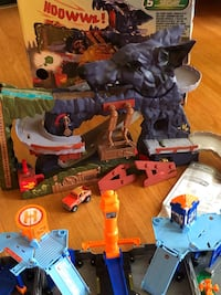 Matchbox Wolf Mountain and Sky Busters toy playsets Hamilton, L9C 1K3