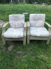 Outdoor wicker chairs with cushions Sturbridge, 01518