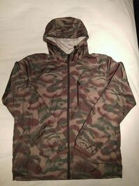 DC Shoes Camo Windbreaker (size Large) New Westminster, V3M 0B3