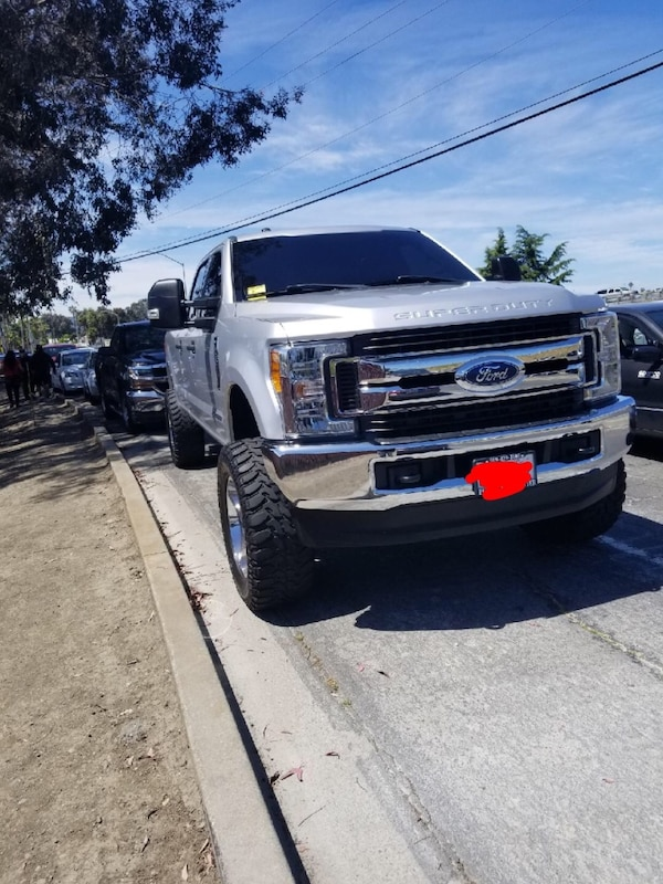 Ford F Wd  Rough Country Leveling Lift Kit W N