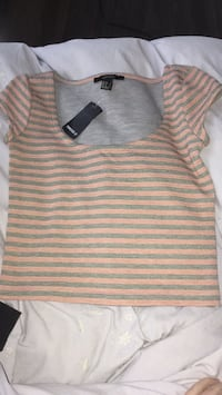 Forever 21 crop top(brand new!) Milton, L9T 6S4