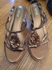 ana gold wedge sandals size 8 Frederick, 21702
