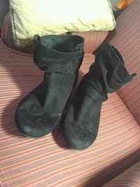 Boots 13 wide womans Windsor, N9A 1P9