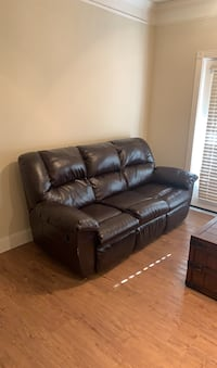 Leather Reclining Sofa 24hrs only San Antonio, 78258