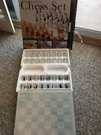 white and black Shot Glass chess set with box Mississauga, L5E 2M7
