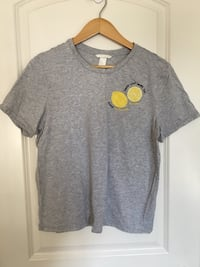 gray crew-neck t-shirt Edmonton