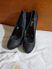 Aco black glitter high heels  Waterloo, N2J 3Z4