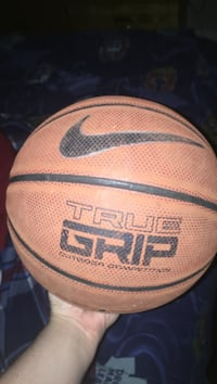 Nike True Grip basketball Langley, V3A 2S8