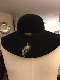 BILLABONG Black Wool Floppy Hat with feather detail Size:S/M**Christmas Special**Take an  Richmond, V7A 1H2