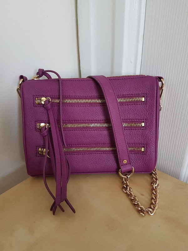 58d015eb288d Used Danier leather crossbody bag for sale in Montreal - letgo