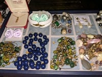 2000pcs Vintage costume Jewelry Lot! Huge!
