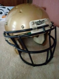 brown and black Riddell football helmet Baltimore, 21225