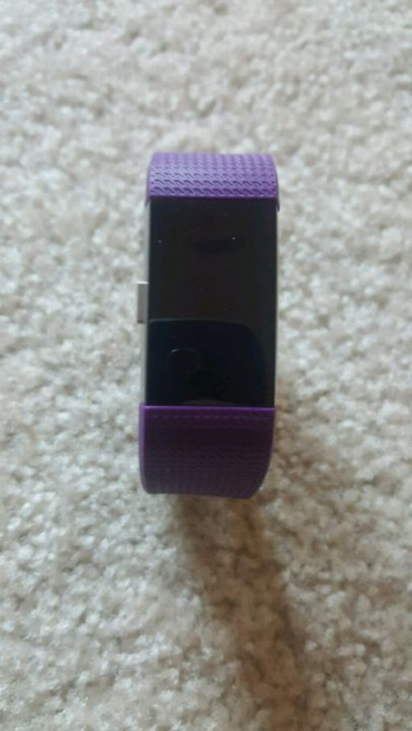 Fitbit Charge 2 (Plum)-Small