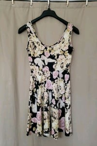 Yellow & pink skull and flower dress (Small) Elkridge, 21075
