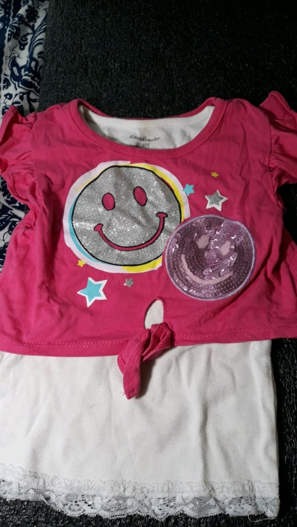 Toddler girl's clothes 4 to 6 years 4c63ff28-bae3-4fcc-8ad9-1eab3b178647