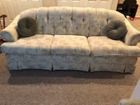 gray and white floral 3-seat sofa Baldwinsville, 13027