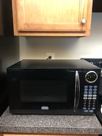 Sunbeam SGC7702 0.7 Cu. Ft. 700 Watts Compact Digital Microwave Oven, Black Falls Church, 22041