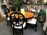 Small dining room set with 4 chairs Houston, 77077