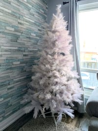 NOMA White Christmas Tree 6.5' Pre-Lit 300 lights