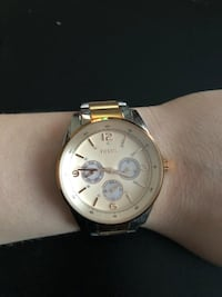 Round silver fossil chronograph watch with silver link bracelet Palos Hills, 60465