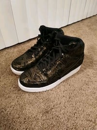 Nike Air Python Size 10 men shoes sneakers Phenix City, 36867
